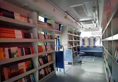 """助力文化惠民工程 它让""""图书馆""""活了"""